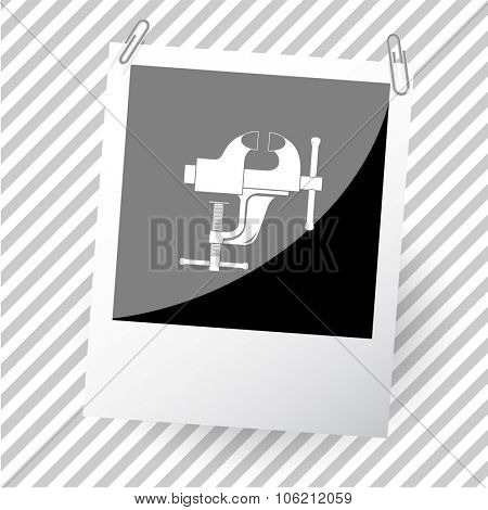 clamp. Photoframe. Vector icon.
