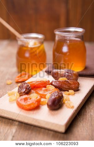 Honey With Dry Fruits
