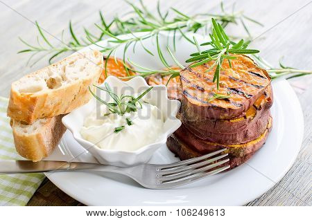 Sweet Potato Baked And Grilled With Rosemary And Sauce