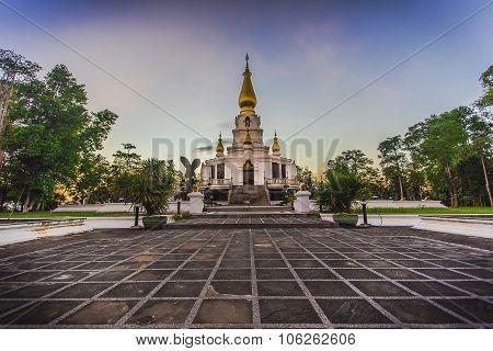 Pagoda & Temple