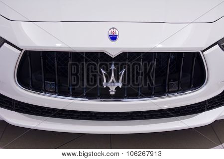 Indianapolis - Circa October 2015: Maserati Logo Close Up II