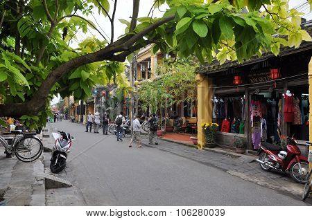 Tourists Visiting Hoi An City, Vietnam