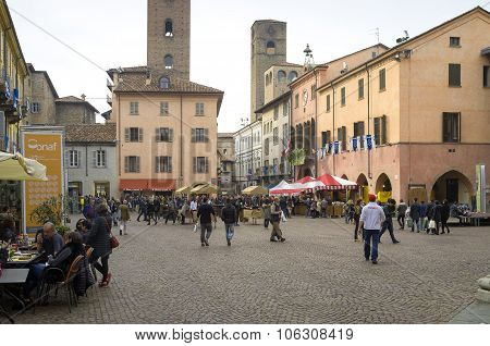 Alba (Cuneo), the main square. Color image