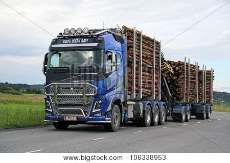 Volvo FH16 Logging Truck Hauls Timber