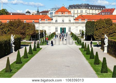 People On Path To Lower Belvedere Palaces, Vienna