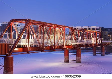Red Bridge In Des Moines