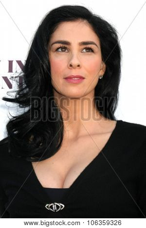 LOS ANGELES - DEC 10:  Sarah Silverman at the 23rd Power 100 Women in Entertainment Breakfast at the MILK Studio on December 10, 2014 in Los Angeles, CA