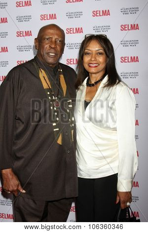 SANTA BARBARA - DEC 6:  Lou Gossett Jr at the