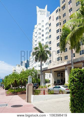 MIAMI,USA - AUGUST 8,2015 : Famous Art Deco Hotels at Miami Beach