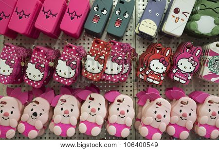 Colorful mobile phone rubber covers with many characters and shapes for sale