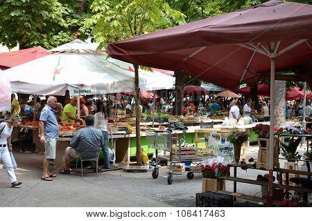 Market in Pula