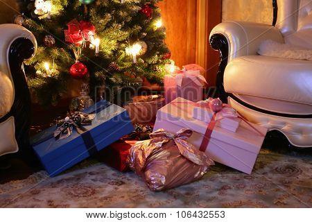 Christmas tree and christmas gifts