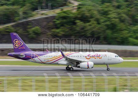 Thai Smile Airline Take Off At Phuket Airport