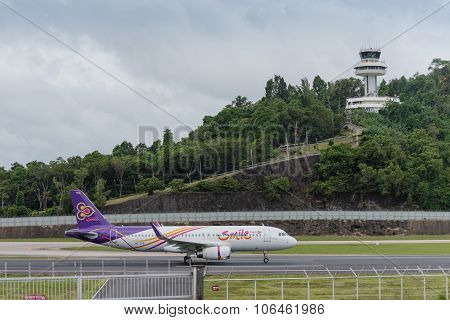 Thai Smile Airline Landing At Phuket Airport