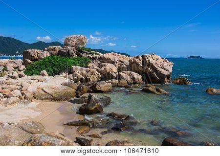 Hon Chong Cape