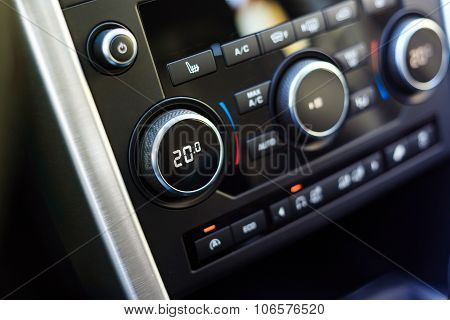 Air Conditioning Knob Showing Optimal Temperature