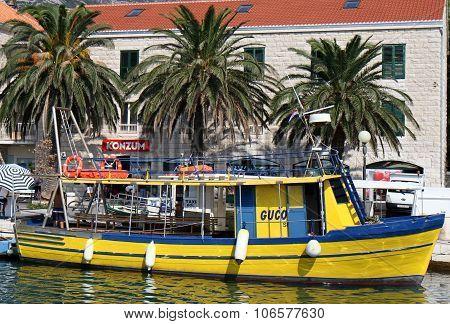 Yellow water taxi in Croatia