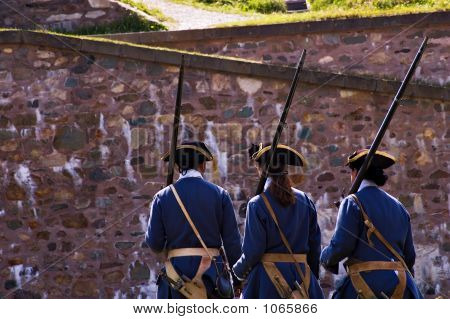Louisbourg Soldiers