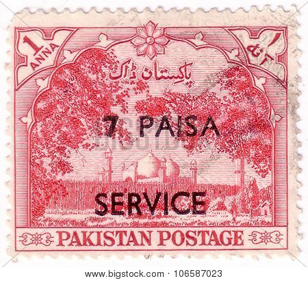 Pakistan - Circa 1954: A Stamp Printed In Pakistan Shows Badshahi Mosque, Lahore, Circa 1954.