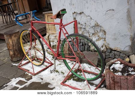 retro bicycle in winter