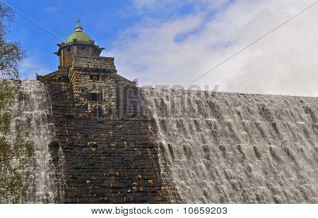 Pennygarreg Dam