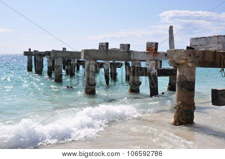 Jurien Bay Abandoned Jetty: Into the Blue