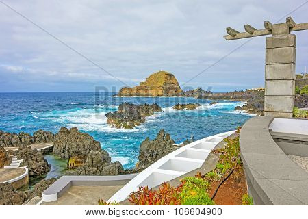 Rock Ilheu Mole, Madeira, Portugal