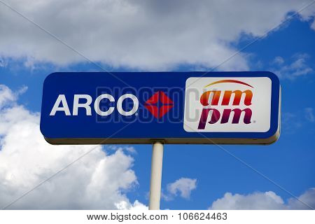 Arco Am Pm Gas Station Sign