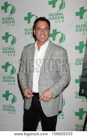 LOS ANGELES - OCT 29:  Mark Steines at the Global Green Hosts Book Lauch of