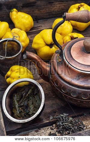 Fruit Tea With Quince
