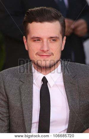 LOS ANGELES - OCT 31:  Josh Hutcherson at the Hunger Games Handprint and Footprint Ceremony at the TCL Chinese Theater on October 31, 2015 in Los Angeles, CA