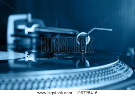 Dj  Stylus On Vinyl Record