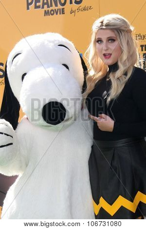 LOS ANGELES - NOV 1:  Meghan Trainor, Snoopy at the