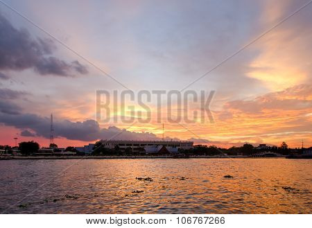 Bangkok (thailand), Sunset On Chao Phraya River