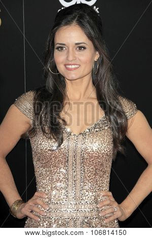 LOS ANGELES - NOV 1:  Danica McKellar at the 19th Annual Hollywood Film Awards at the Beverly Hilton Hotel on November 1, 2015 in Beverly Hills, CA