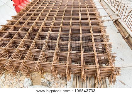Concreate Metal Mesh Reinforcement At Constructiion Site