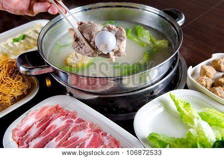 hot pot food