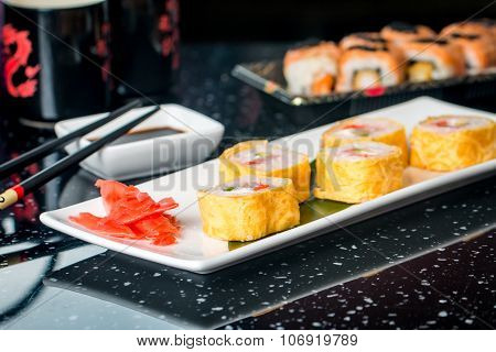 Sushi Roll With Scallop And Tomago