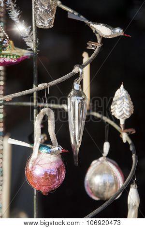 Christmas Decorations Retro Revival