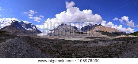 Athabasca glacier panorama