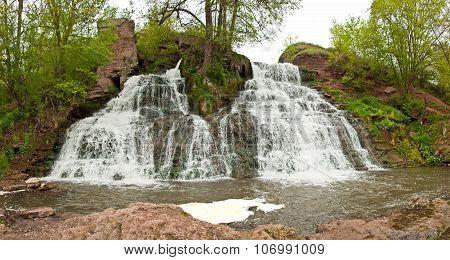 Dzhurinskiy Falls - Waterfall