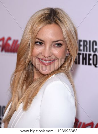 LOS ANGELES - OCT 30:  Kate Hudson arrives to the American Cinematheque honors Reese Witherspoon  on October 30, 2015 in Hollywood, CA.
