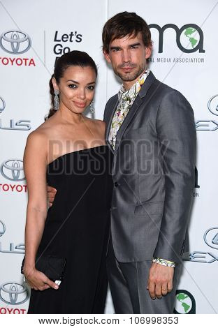 LOS ANGELES - OCT 24:  Christopher Gorham & Anel Lopez arrives to the 25th Annual Environmental Media Awards on October 24, 2015 in Hollywood, CA.