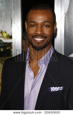 LOS ANGELES - MAR 10: Isaiah Mustafa arriving at the Premiere of 'The Lincoln Lawyer' held at the Cinerama Dome on March 10, 2011 in  Los Angeles, CA