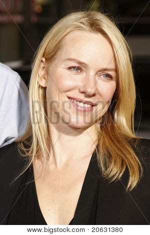 LOS ANGELES - MAR 14:  Naomi Watts arriving at the US premiere of 'Paul' at the Grauman's Chinese Theater L.A.Live in Los Angeles, California on March 14, 2011.