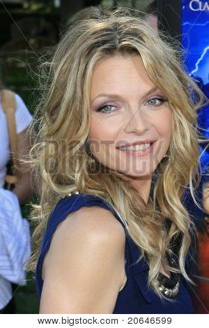 BEVERLY HILLS - JUL 29: Michelle Pfeiffer at the premiere of 'Stardust' at Paramount Studios in Hollywood, Los Angeles, California on July 29, 2007.