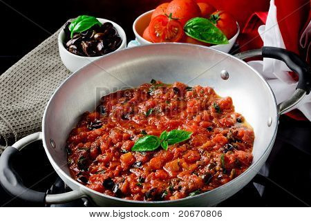 Tomato Sauce With Basil And Olives