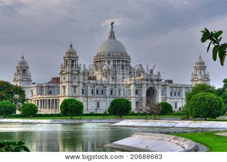 Victoria Memorial Hall, Queen's Garden, Calcutta, Kolkata in evening light