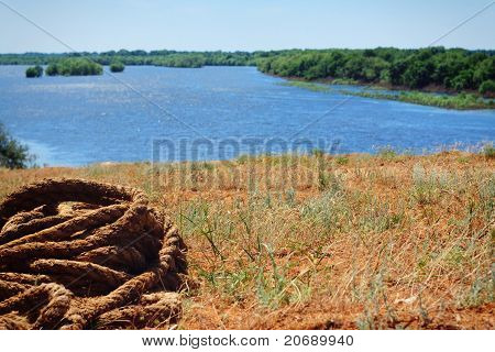 rope in sunny rivers shore