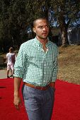 LOS ANGELES - OCT 10:  Jesse Williams arriving at the Veuve Cliquot Polo Classic Los Angeles at Will